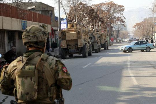 Brandattentat mod soldater i Kabul
