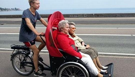 Ældre skal på cykeltur