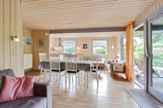 Livsstil » fritidshus i listed med kuperet have » bornholm.nu