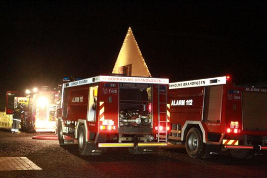 Brand på Kærbygård blussede op i blæsten