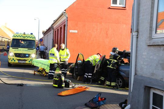 Kvinde bragt på hospitalet efter trafikuheld i Rønne