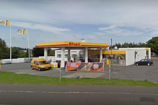 Beskidt og snavset hos Shell i Aakirkeby