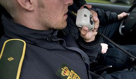 Seks bilister talte i mobiltelefon