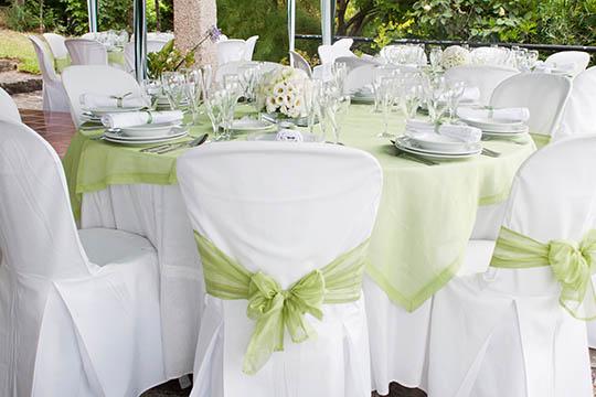 Runde eller firkantede borde til festen