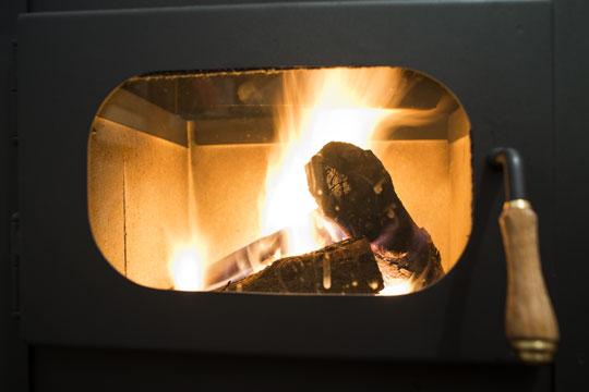 Optimal forbrænding i brændeovn