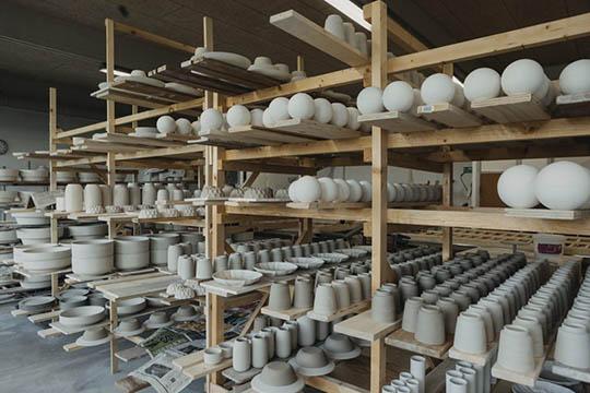 Keramikfabrik blev tømt for værdier
