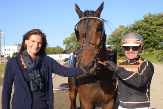 Tidligere hårdt skadet hest i debut