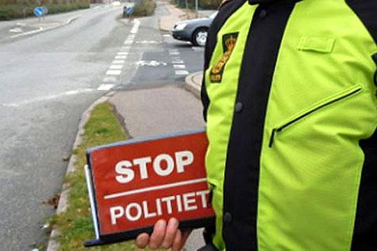 Svensk bilist kørte på falske plader