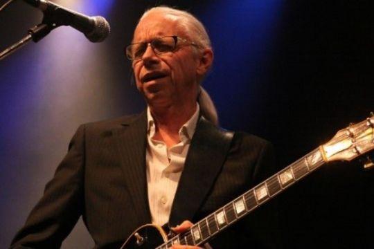 International guitarist gæster Rønne