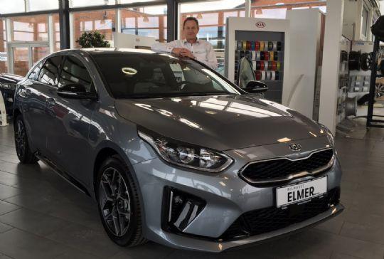 Bilhus viser den nye Kia ProCeed