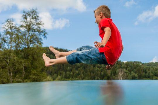 Undgå ulykker på trampolin