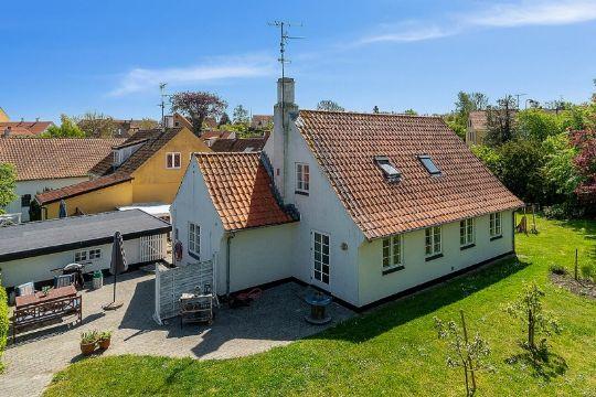Skøn villa tæt på Vigehavnen
