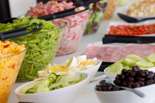 Statslig kritik af buffet på restaurant