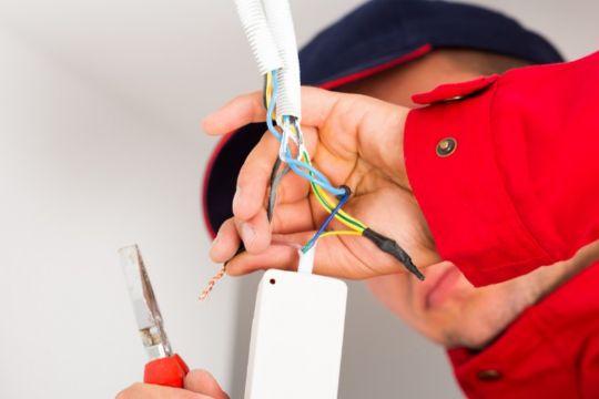 Elektriker stifter eget firma