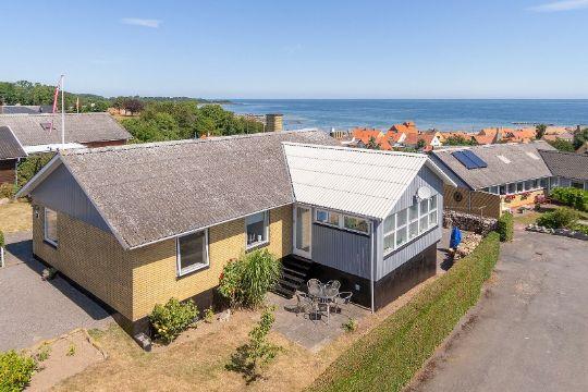Villa i Årsdale med fantastisk havudsigt