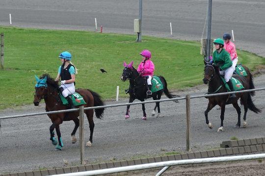 Ponytravere satte seks nye rekorder