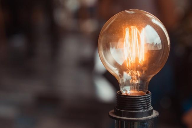 Ved du, hvor meget du betaler for din strøm?