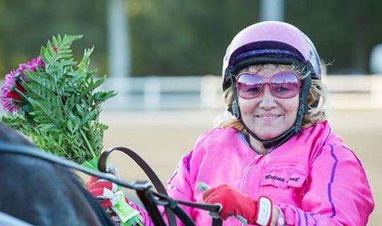 Betina Lund starter hest i København