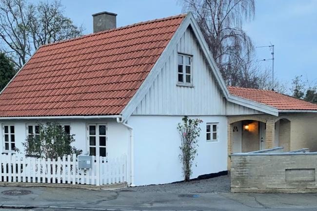Renoveret hus i Aakirkeby
