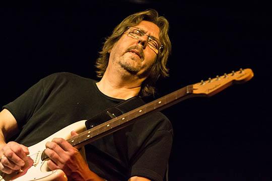 Bluesguitarist gæster i Raschs Pakhuz