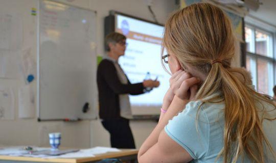 Færre nye elever starter i Folkeskolen