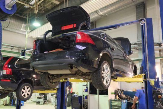 Lønudgifter spiste vækst hos autofirma