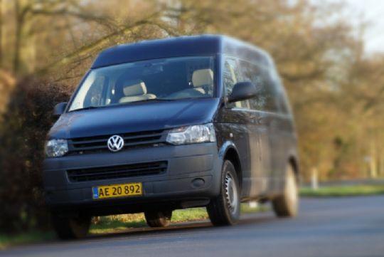 Fartbøder til 11 bilister i Rutsker og Nexø