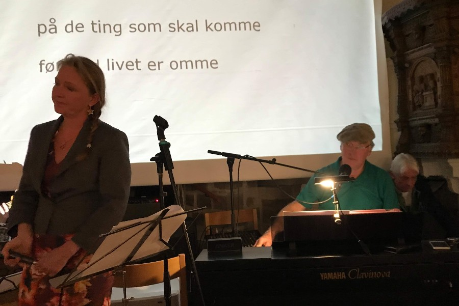 Koncert med Kim Larsens sange i Aa Kirke