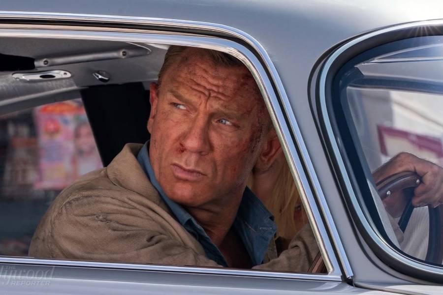 James Bond ramt af Coronavirus