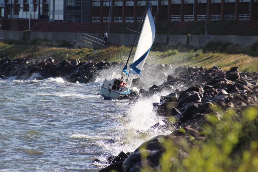 Mindre sejlbåd gik på grund ved Nørrekås