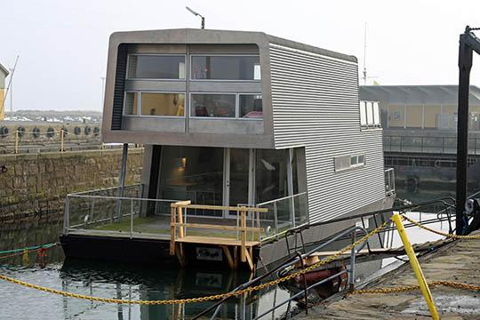Firma bag husbåde mangler fortsat kapital