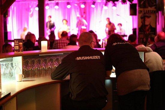 Krav om mundbind til koncerter