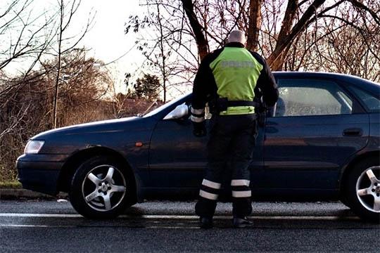 Spritbilist anholdt i Østermarie