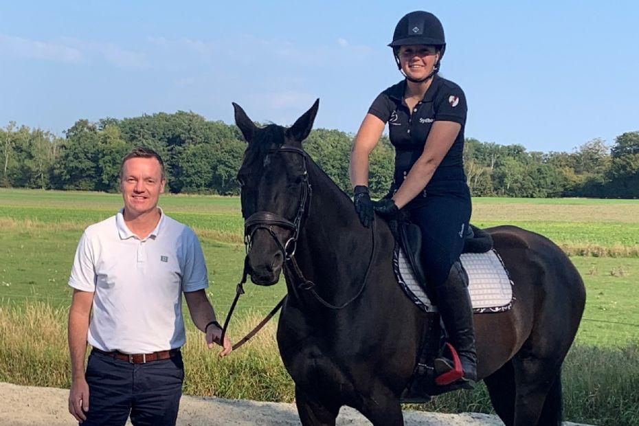 Sydbank støtter lokalt ryttertalent