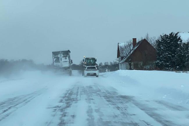 Politiet om snevejret: Kør ikke ud i aften og nat