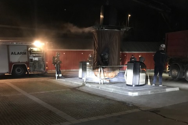 Brand i underjordisk skraldeanlæg i Hasle