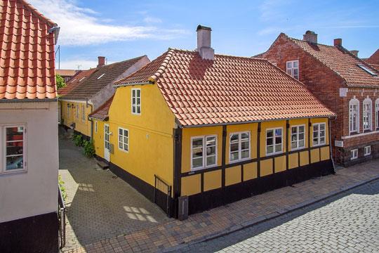 Udbuddet af huse på Bornholm halveret