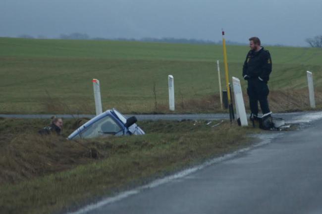 To småbørn med i forulykket bil
