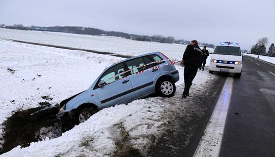 Advarer om sneglatte veje