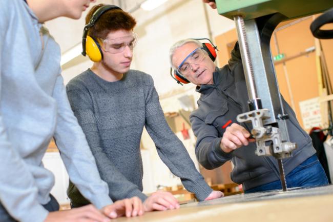 Flere byggefirmaer tager lærlinge