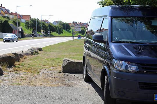 Tre bilister fik fartbøder i Rønne