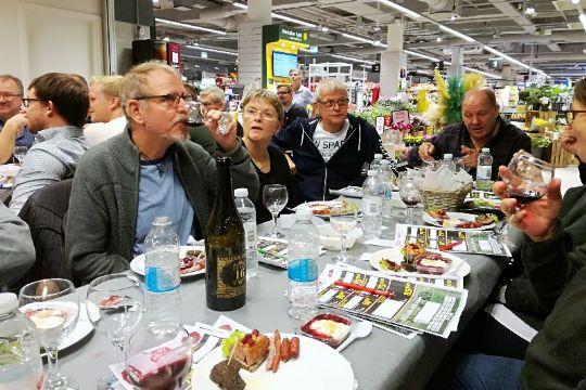 Meny-kunder inviteret til vinaften