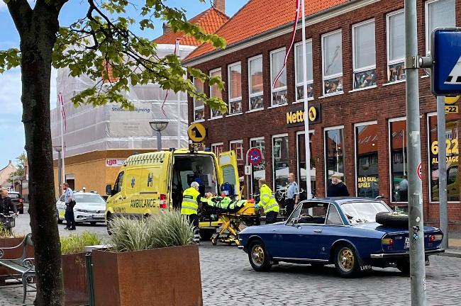 Cyklist kørt ned af kabinescooter