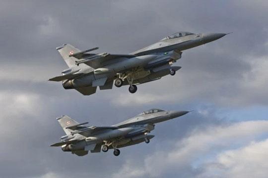 Russiske fly krænkede dansk luftrum