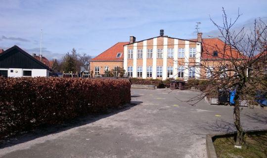 Venstre: Skoler skal tilbage til landsbyerne