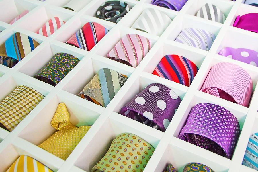 Nedgang for netbutik med slips
