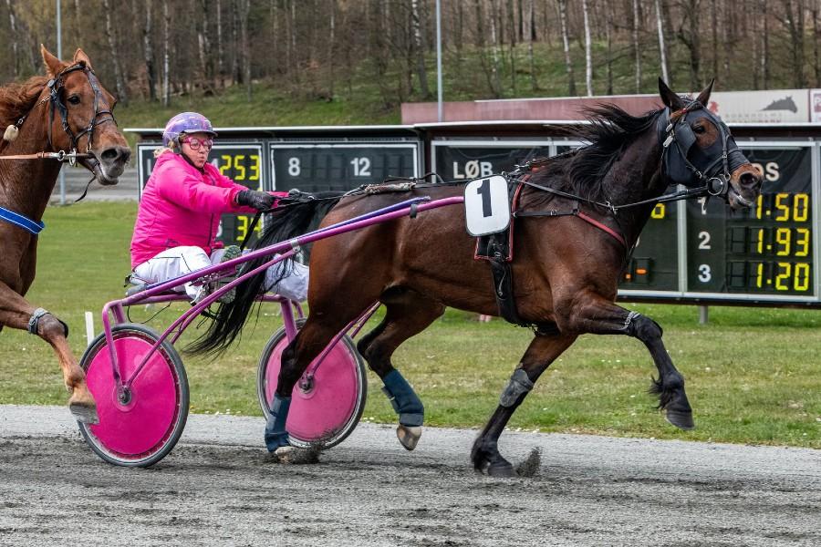 Betina Lunds hest diskvalificeret i Sverige