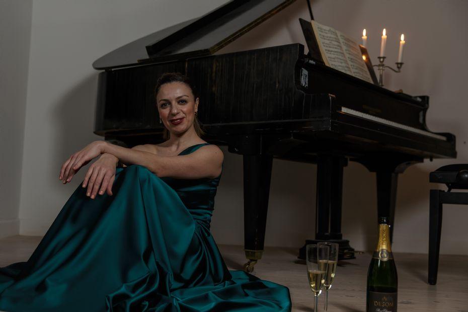 Genhør med unik kvindelig solist