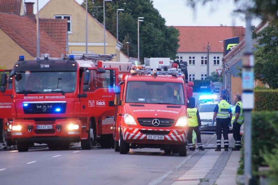 Villa i Nexø ubeboelig efter brand i nat