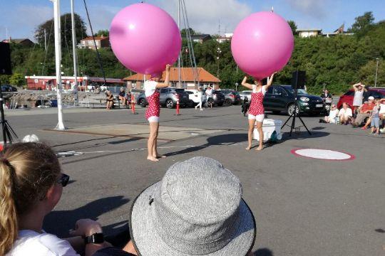 10 år med gadeteater på Bornholm